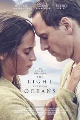 Gaisma okeānā plakāts