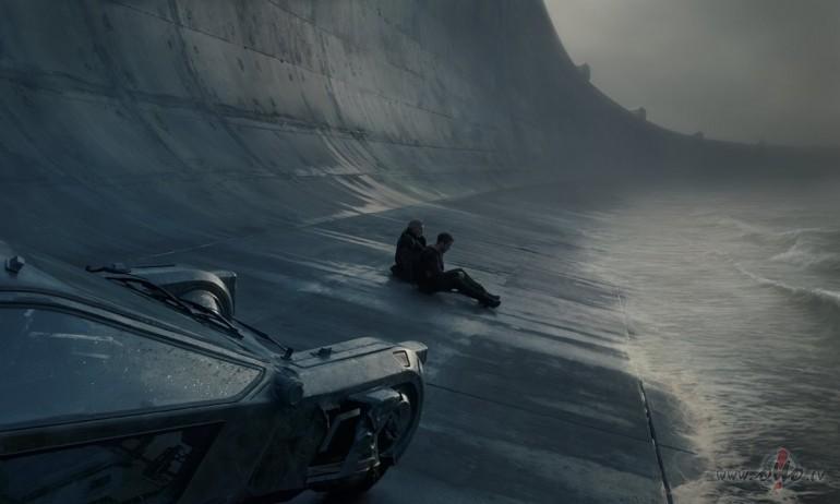 Filmas Pa asmeni skrejošais 2049 2 - attēls no filmas