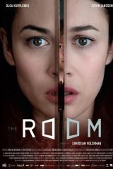 Slepenā istaba plakāts