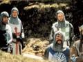 Montī Paitons un Svētais Grāls foto 3