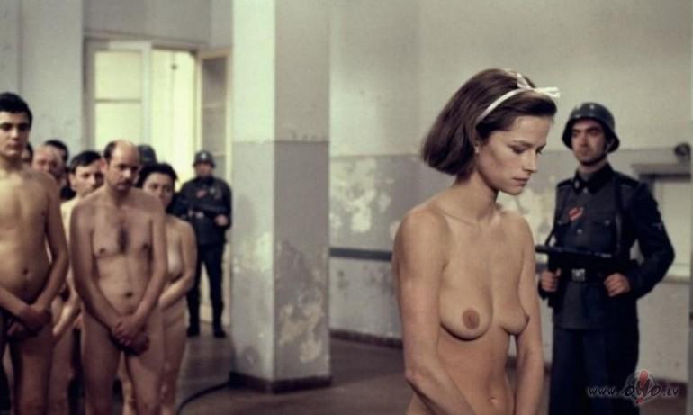 фото голых девушек в плену