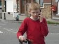 Zēns ar velosipēdu foto 9