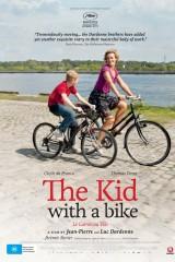 Zēns ar velosipēdu plakāts