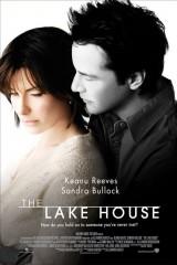 Māja uz ezera plakāts