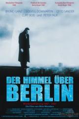 Debesis Pār Berlīni plakāts
