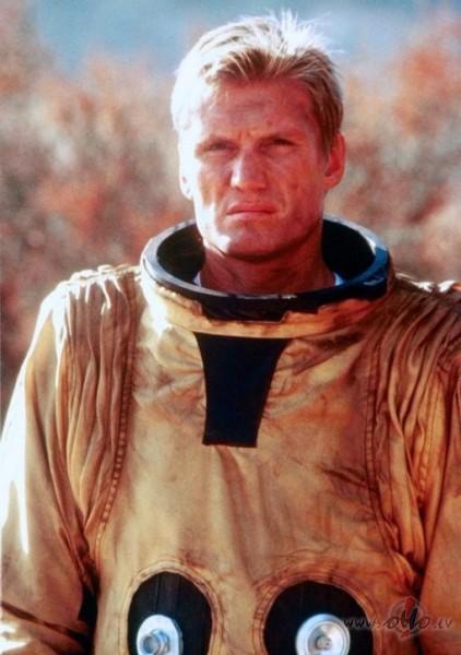 Filmas Sarkanais aģents 4 - attēls no filmas