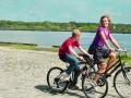 Zēns ar velosipēdu foto 4