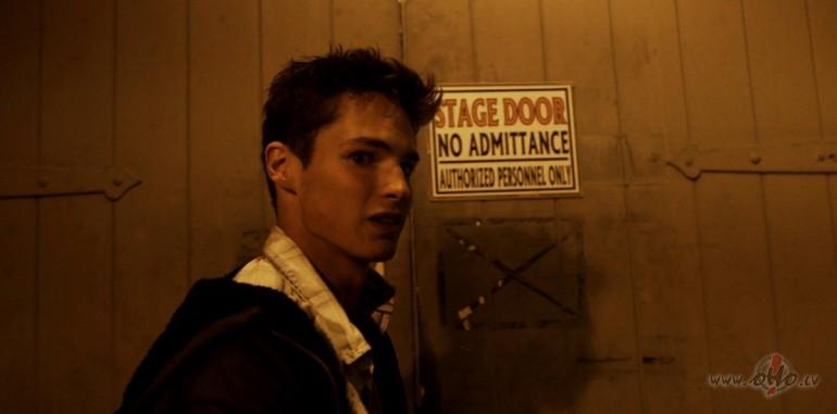 Filmas Karātavas 8 - attēls no filmas